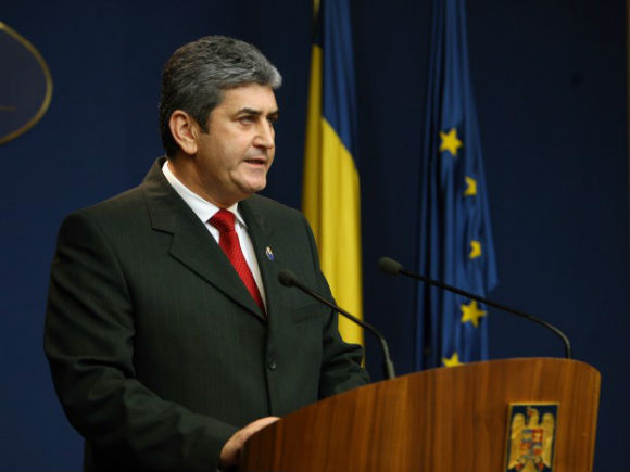 Oprea: Salariile pentru cele mai înalte funcţii de demnitate publică din România se majorează