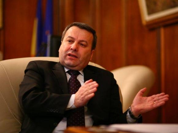 Ialomiţianu: Susţinem reducerea TVA la 19%, dacă măsura este sustenabilă, să ne spună Finanţele