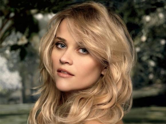 Actrița Reese Witherspoon, arestată după ce a condus sub influența alcoolului