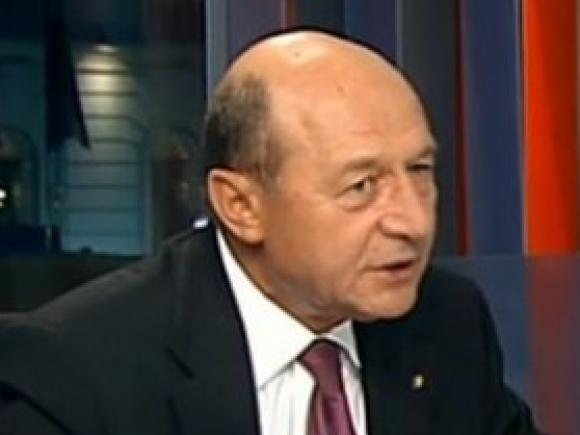 Traian Băsescu: E o presiune să ies din politică. Iohannis, Ponta, Macovei, toți au interese să plec