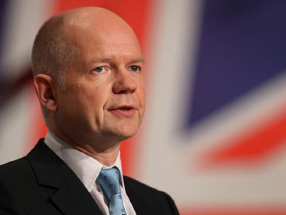 William Hague demisionează din postul de ministru de externe