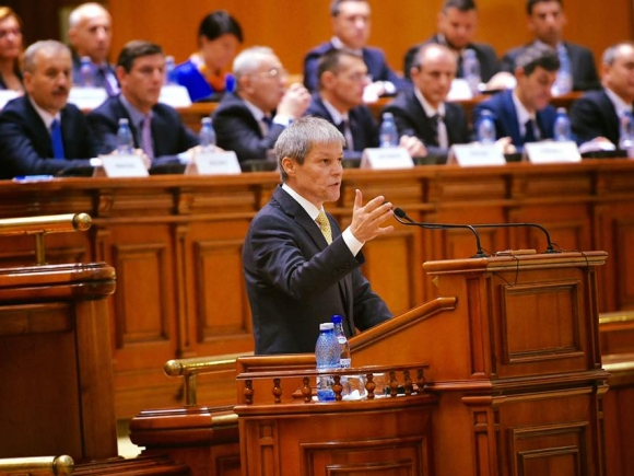 Dacian Cioloș: Televiziunile grupului Intact vor emite inclusiv luni din sediile în discuție