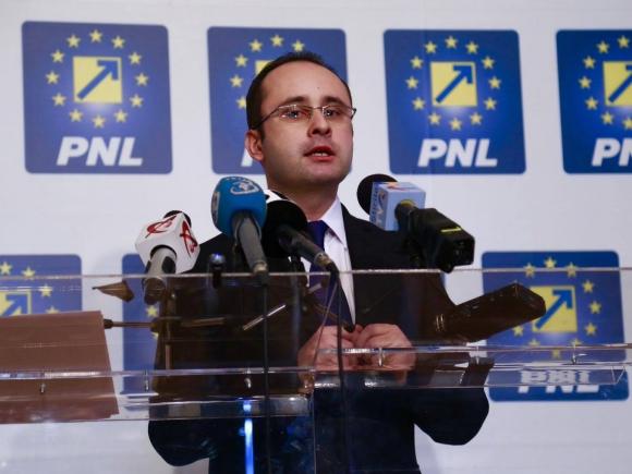 Cristian Bușoi își lansează proiectul de program: Accentul pe infrastructură, sănătate, educație