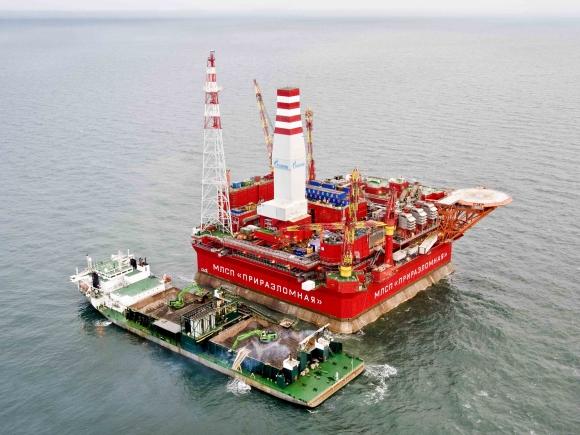 ExxonMobil şi OMV Petrom încep forajul la o nouă sondă în Marea Neagră