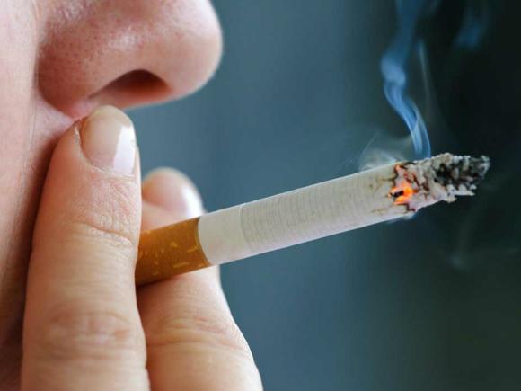 STUDIU Taxele pe tutun şi interdicţiile privind fumatul pot salva milioane de vieţi