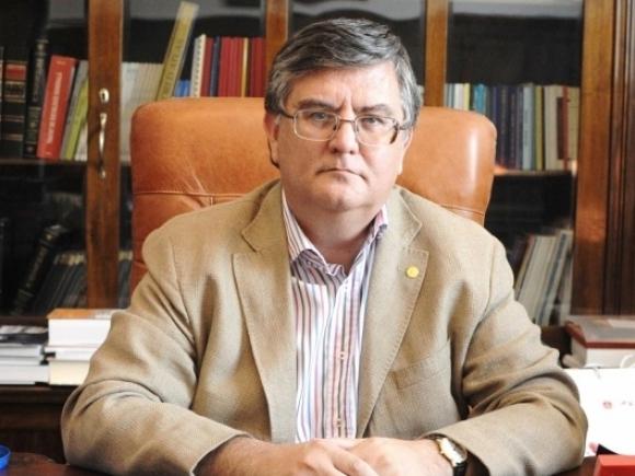 Mircea Dumitru: Administrația centrală și locală trebuie să se deschidă mai mult către tineri