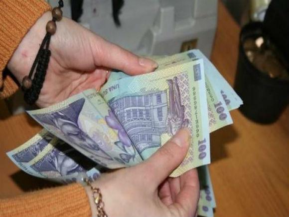 Pensiile, plătite în avans înaintea Sărbătorilor de Paşte